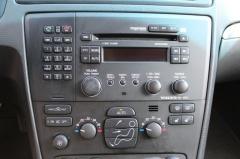 Volvo-Xc70-14