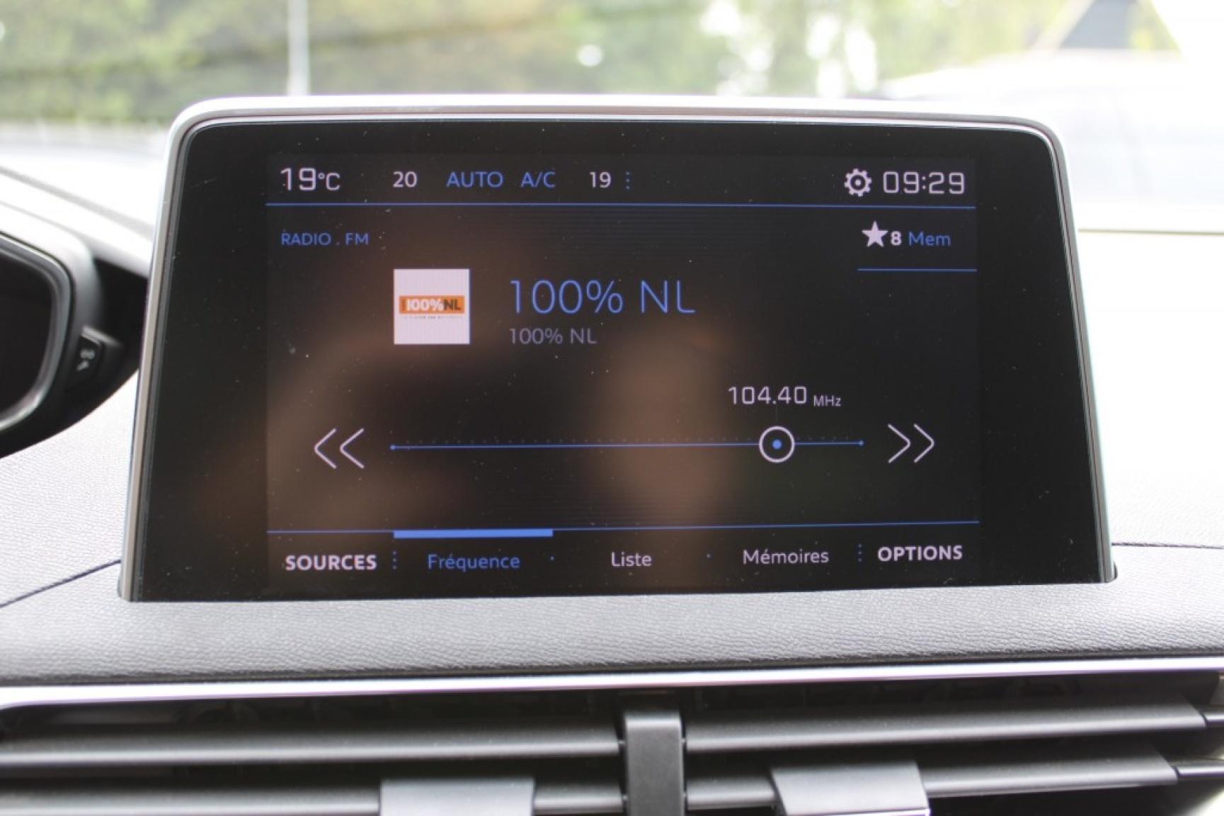Peugeot-3008-12